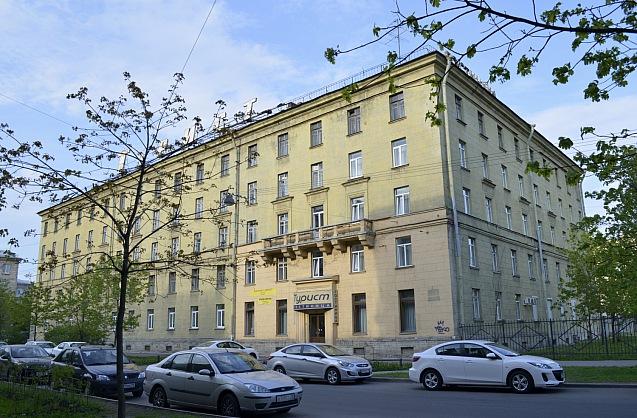 Эконом - Эконом - <big>Санкт-Петербург, улица Севастьянова, 3</big>